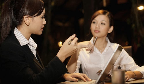 singapore lawyer talking to client about letter of demand